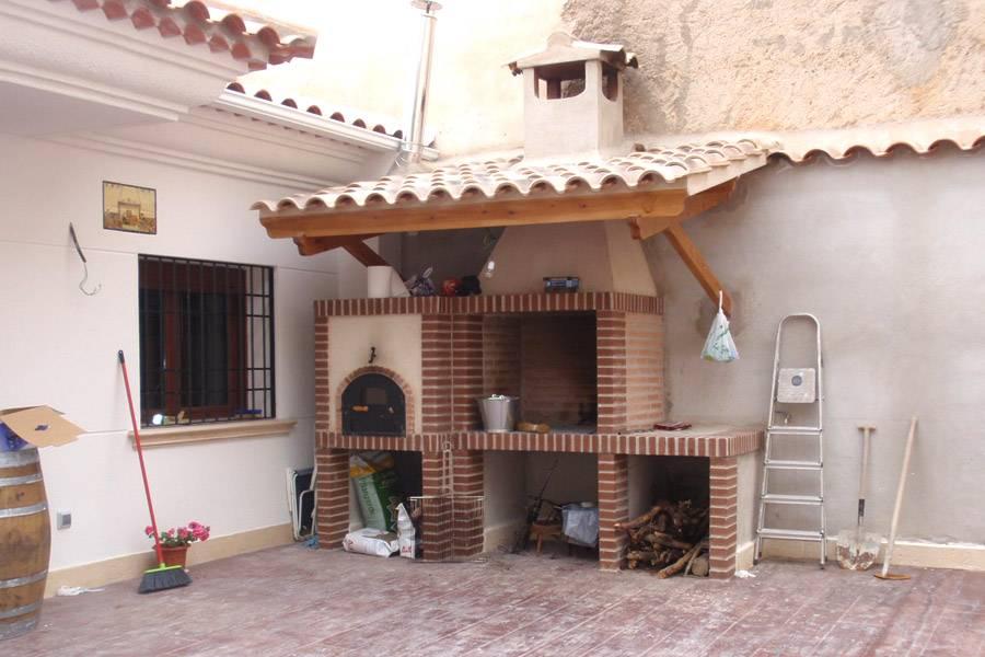 Construcci n barbacoa en vivienda unifamiliar gecovial - Barbacoas y hornos de lena ...